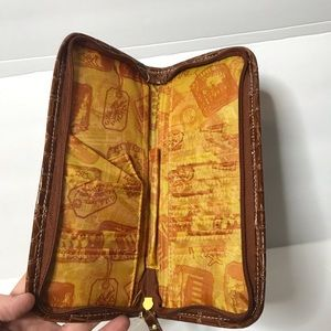 Samantha Brown Accessories - Samantha Brown Passport Wallet NWT